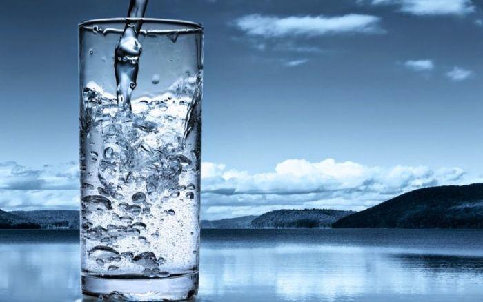 Сколько нужно пить воды в день? 10 фактов о пользе воды