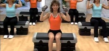 Силовая тренировка с Кейт Фридрих для мышц ног и плеч
