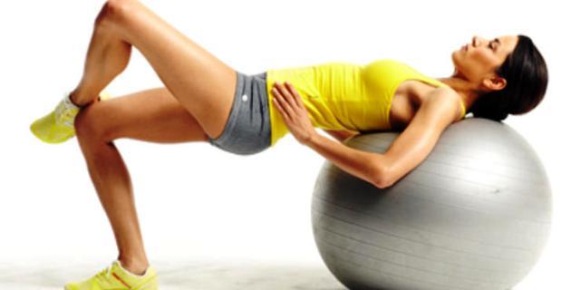 Упражнения с фитболом для новичков