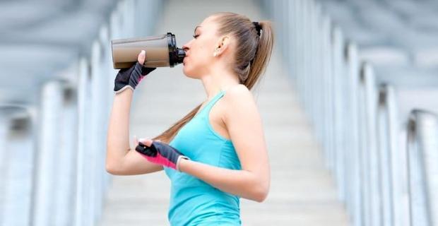 Нужно ли употреблять протеин в дни отдыха