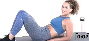 8 тренировок на 30 минут от youtube-канала SELF с весом собственного тела