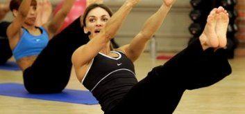 тренировки мышц пресса с Кейт Фридрих