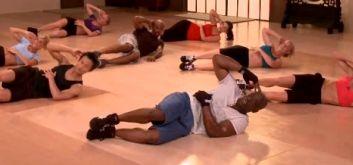 Тренировка для плоского живота и стройной талии