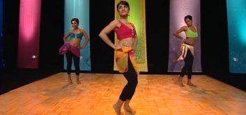 Индийские танцы дома