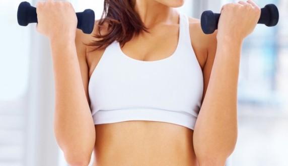 Топ-20 упражнений для рук в домашних условиях для женщин