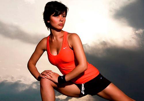 Как накачать грудь девушке: факты + упражнения (фото)