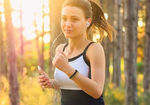 Бег по утрам польза и вред утренней пробежки как заставить себя бегать по утрам