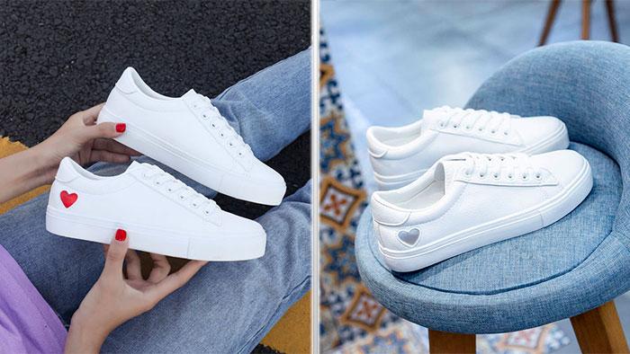 Белые теннисные кроссовки с сердечками