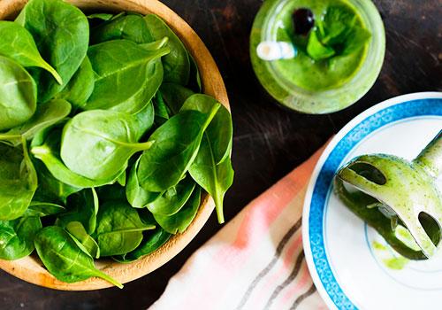 Шпинат: в чем польза + 10 полезных пп-блюд из авокадо