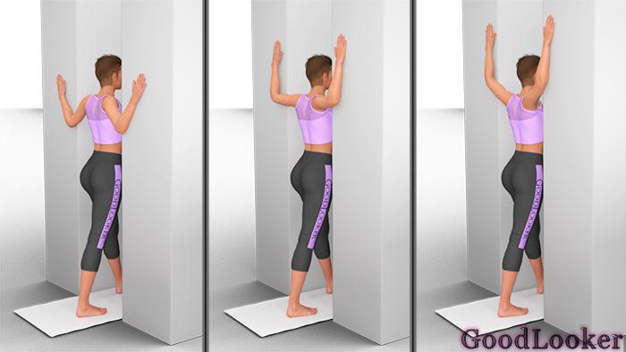 Растяжка грудных мышц в дверном проеме