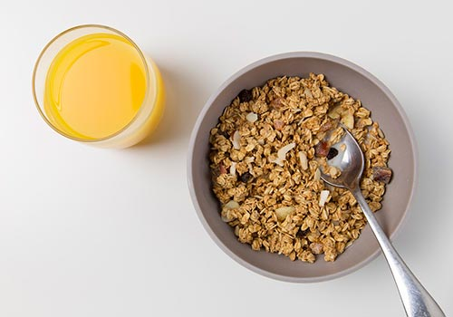 Топ-10 лучших продуктов для завтрака: что съесть утром